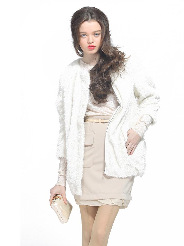 春天女外套适合穿什么-春天女生穿什么衣服-春天一般